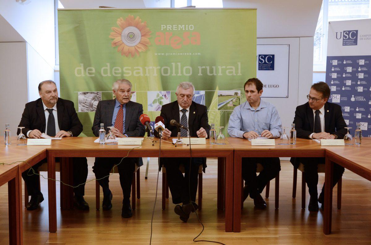 Conferencia_prensa_ganhador_premioaresa_2015